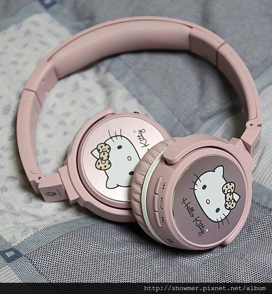 是情人節最佳禮物 Hello Kitty 藍牙無線耳機 ALTEAM 我聽 RFB-936 助你融化少女的心這篇文章的首圖