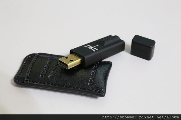 是Audioquest DragonFly USB DAC BLACK v1.5 黑蜻蜓 USB 耳機擴大機這篇文章的首圖