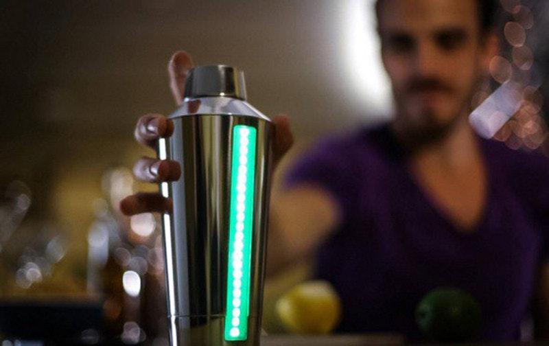 是智能調酒杯,人人都可以調製 Cocktail這篇文章的首圖