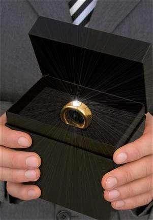 是[想要] 男人買不起2克拉鑽戒,起碼要會逗女人開心~這篇文章的首圖