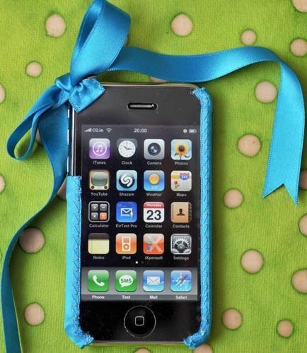 是[驚豔] iPhone絲帶手機套~輕柔別緻new look這篇文章的首圖