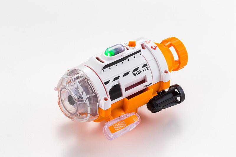 """從另一個角度看金魚,超迷你 """"潛水艇攝影機"""" - 癮科技 Cool3c"""