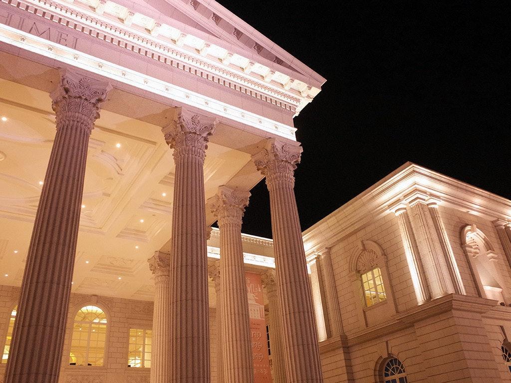 是一生可能只有一次機會,夜遊不一樣的「奇美博物館」這篇文章的首圖