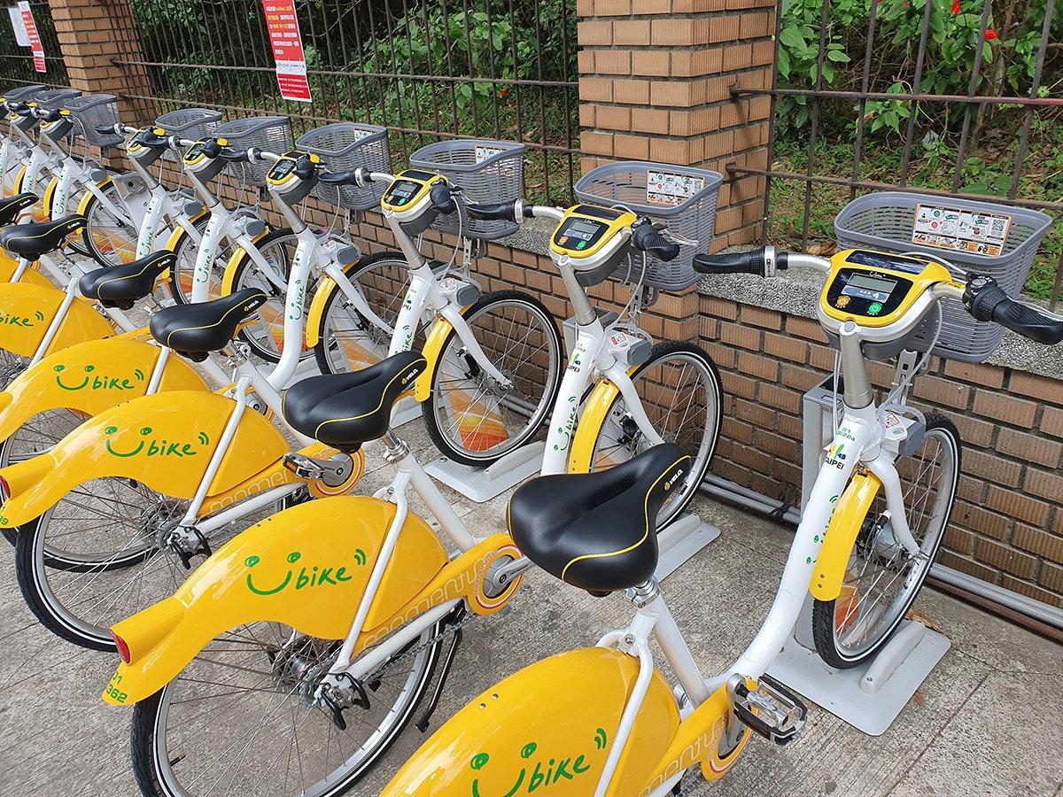 照片中提到了Bike、Sbike/、Cbike,,包含了公路自行車、自行車車架、公路自行車、循環、越野自行車