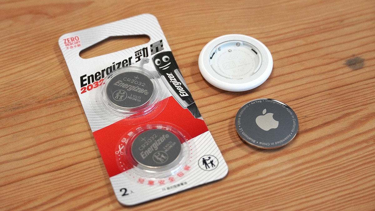 照片中提到了ZERO、Eneraizer FI、Energizer,跟的MacBook、勁量有關,包含了電子產品、產品設計、電子產品、產品、字形