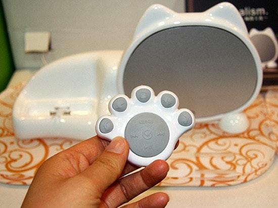 是[好物] 沒臉貓LulucCAT ipod dock,可是貓爪超可愛的說....這篇文章的首圖