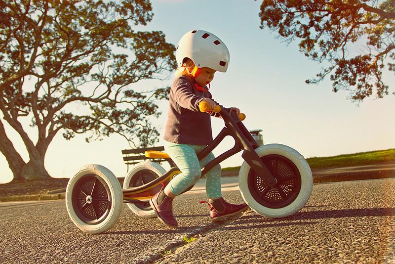 是100% 環保再生,舊地毯變兒童平衡車!這篇文章的首圖