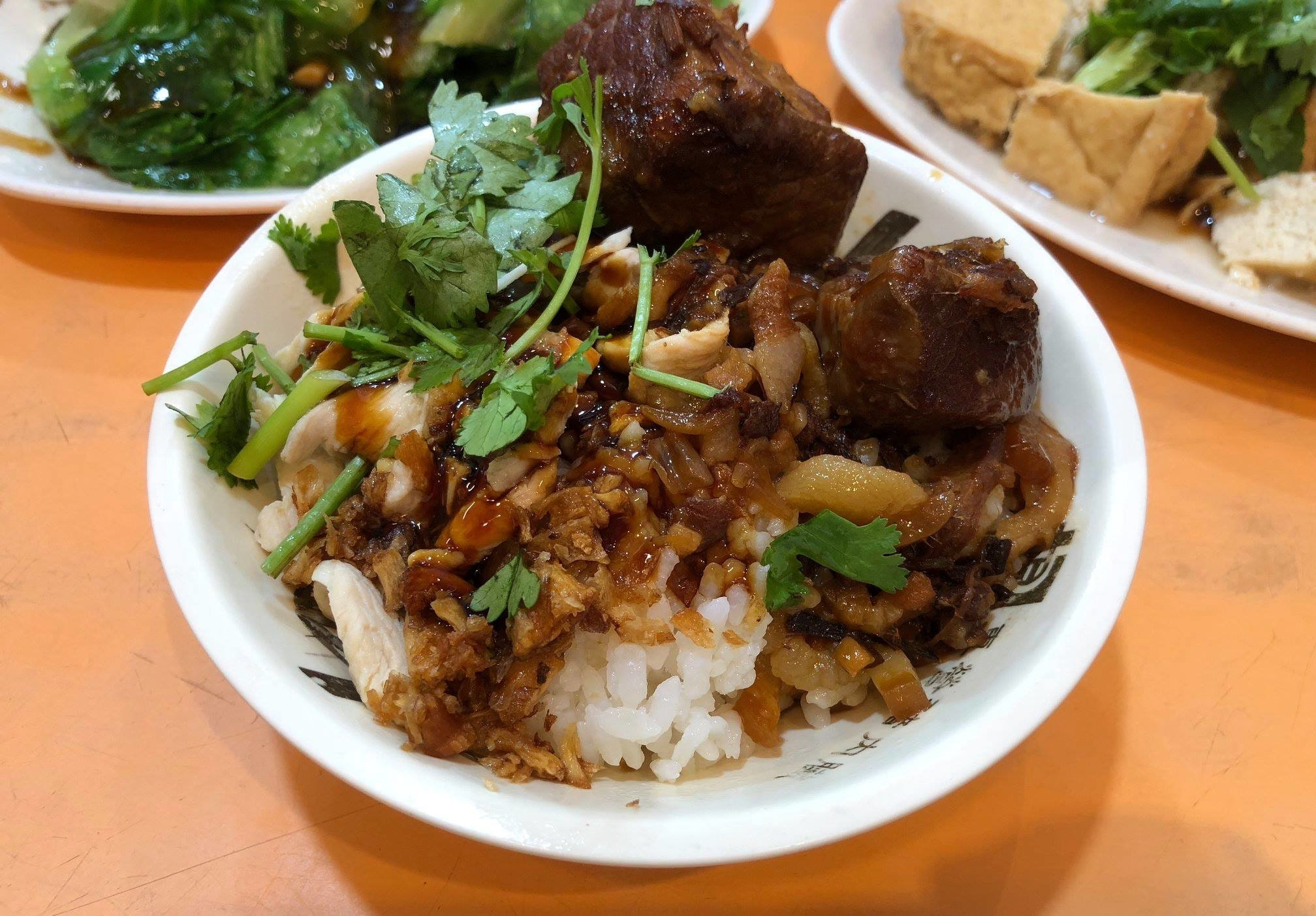Thai cuisine, American Chinese cuisine, Chinese cuisine, Plate lunch, Cuisine of the United States, Cooked rice, Recipe, Curry, Meal, Food, steamed rice, dish, food, cuisine, steamed rice, asian food, plate lunch, meal, american chinese cuisine, recipe, southeast asian food