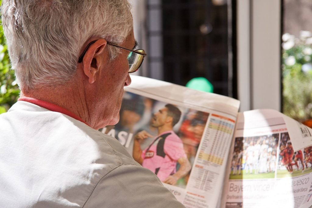 Newspaper, stock.xchng, Old age, Image, Online newspaper, News, , Publishing, Person, Article, old people read newspaper, senior citizen, child