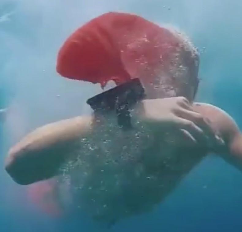 , 癮科技, Xiaomi, Xiaomi Mi Band 2, Bracelet, Information, Swimming, Xiaomi Mi A1, , Wrist, 癮科技, underwater, jellyfish, marine biology, marine invertebrates, swimmer, water, marine mammal, organism, swimming