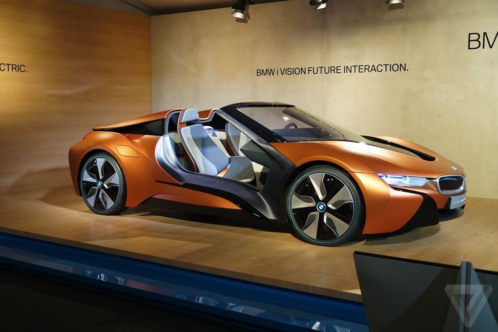 是CES 2016:所有男人的科技夢想 BMW i8 Spyder這篇文章的首圖