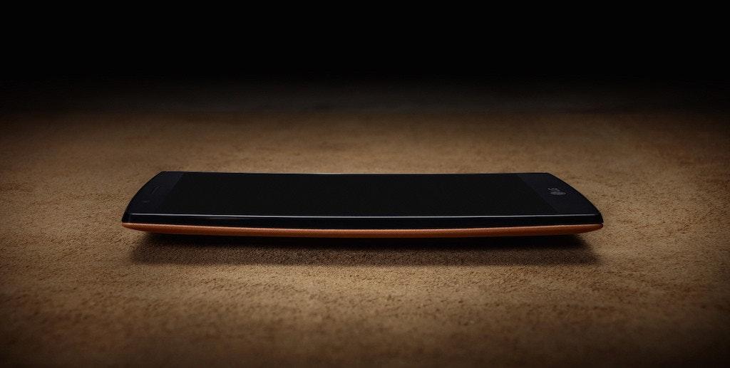 是外型上今年所有大廠都卯足了勁!LG 幫旗艦智慧型手機 G4 穿上皮衣這篇文章的首圖