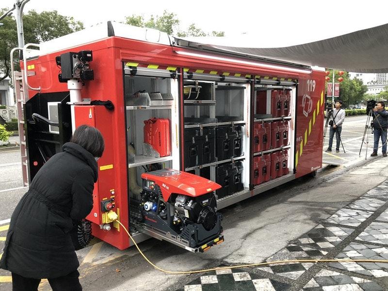 照片中提到了১১,包含了消防器材、2019–20年中國肺炎暴發、中央通訊社、中國、政治