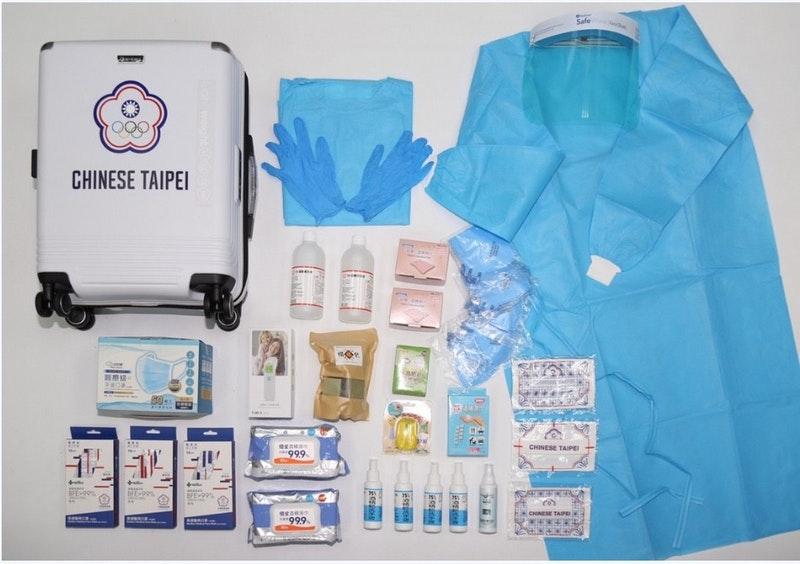 東京奧運中華代表隊行李開箱:滿滿防疫物資