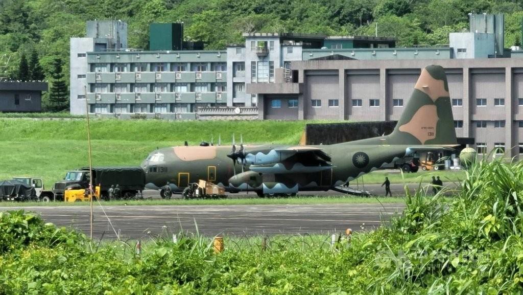 照片中提到了13、131,包含了洛克希德 ac 130、軍用運輸機、韓光操、洛克希德 C-130 大力神、達索幻影 2000