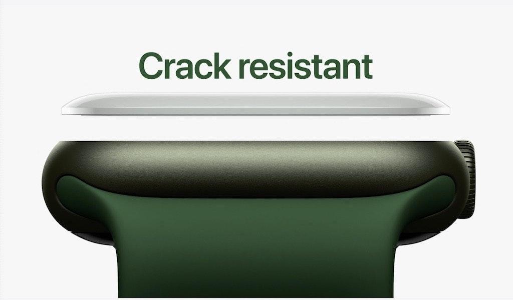 照片中提到了Crack resistant,跟有殼的有關,包含了表、產品設計、設計、牌、綠色