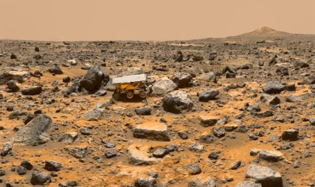 照片中包含了火星上的探路者、火星探路者任務、火星探路者、火星、美國宇航局