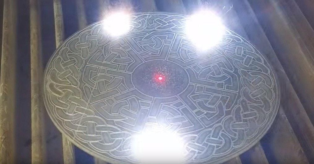 Light, Light fixture, Lighting, Symmetry, Daylighting, Ceiling, light, light, lighting, symmetry, circle, ceiling, daylighting, lighting accessory, glass, light fixture, sphere