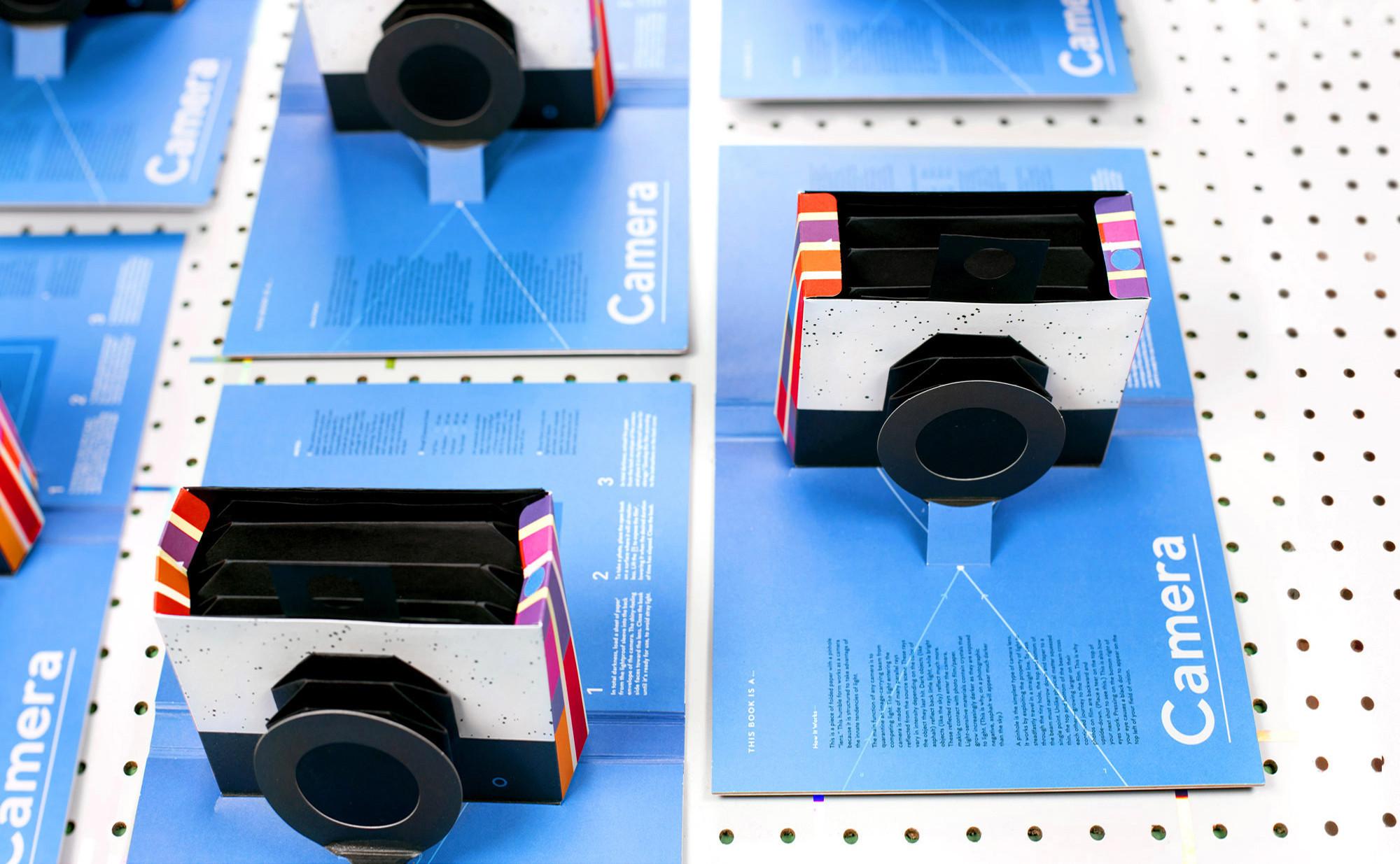 是一本針孔相機的立體書這篇文章的首圖