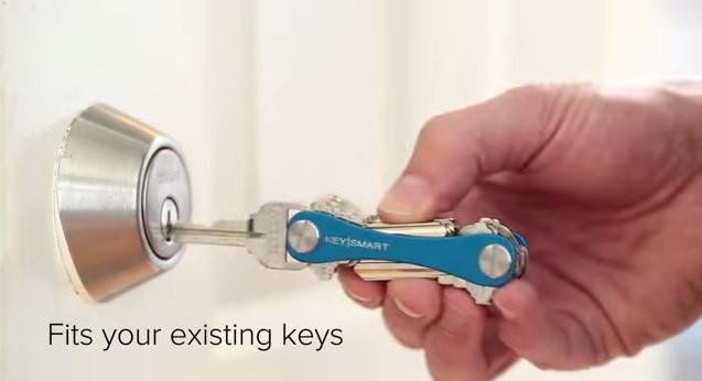 是讓成串的鑰匙乖乖歸隊的KeySmart 2.0鑰匙收納器這篇文章的首圖
