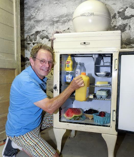 是奇異公司出產的電冰箱,過了85年仍然可以使用這篇文章的首圖