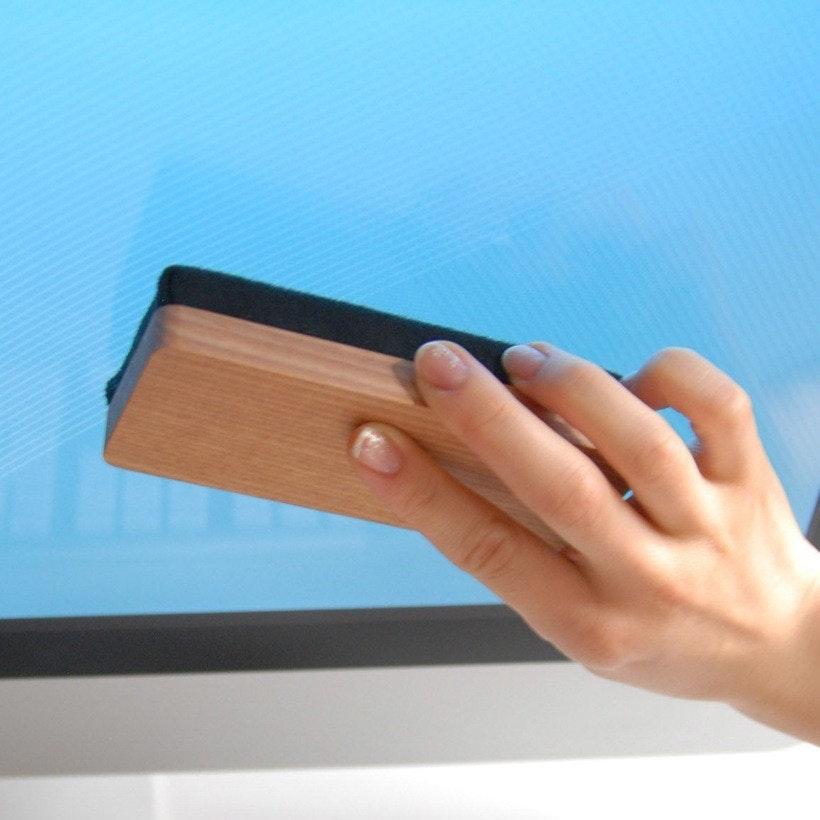 是經典板擦造型螢幕清潔工具這篇文章的首圖