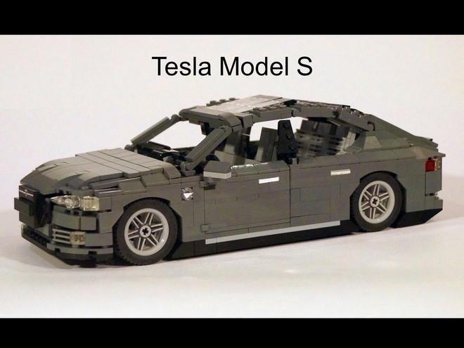 是用樂高打造出Tesla Model S這篇文章的首圖