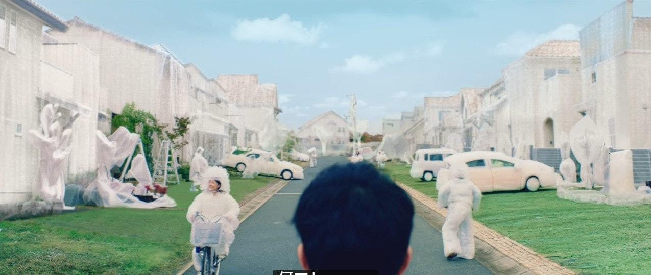 是日本地方政府與TOYOTA合作,拍攝交通安全的反諷影片這篇文章的首圖