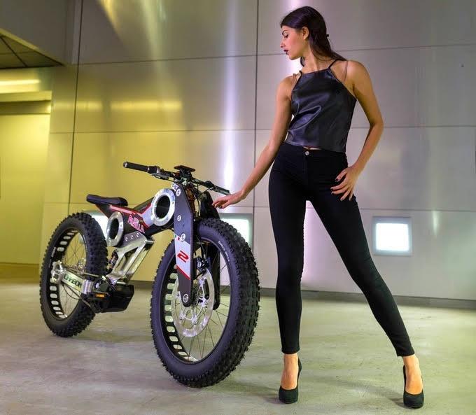 是碳纖維電動登山單車這篇文章的首圖
