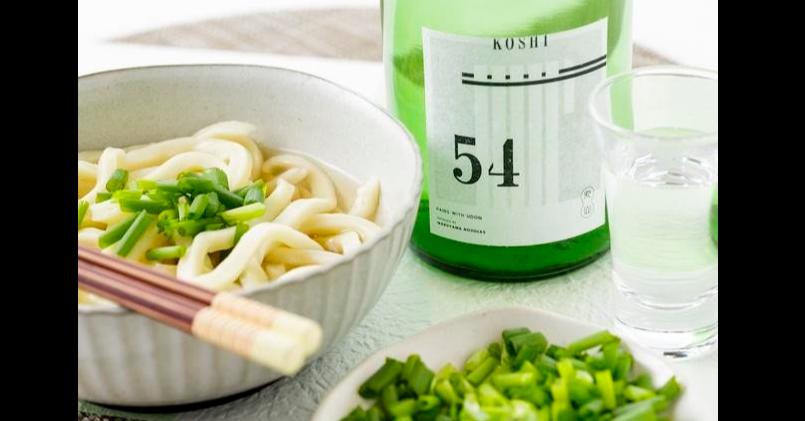 照片中提到了KOSHI、54,包含了眾籌、烏冬面、清酒、麵條、丸山制麺