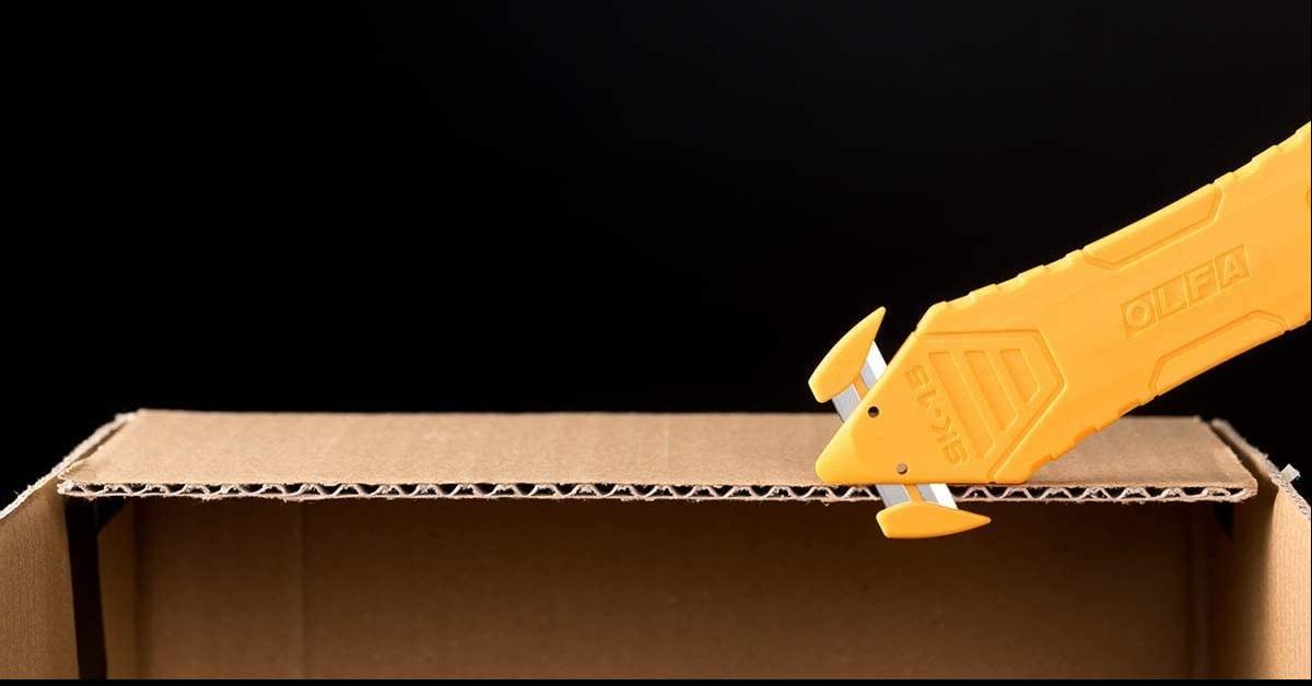 照片中提到了OLFA、VAVA V、AAVA AA,跟OLFA有關,包含了木、奧爾法切紙機UNPACK Kaikon 238B-10P不銹鋼刀片用完了10件、工具刀、OLFA