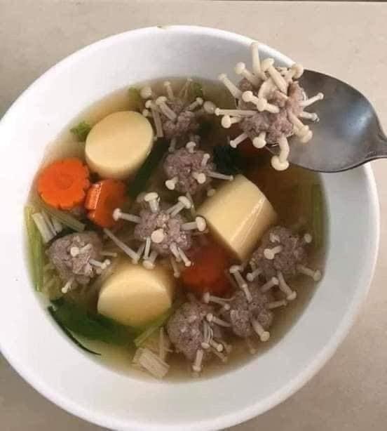 照片中包含了湯、泰國、日本、冠狀病毒、面白畫像