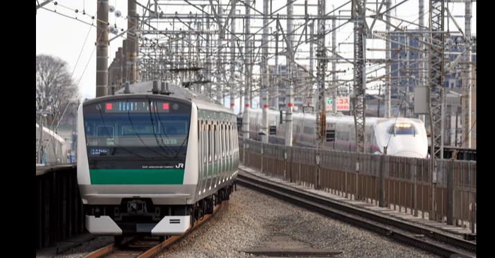 照片中提到了JR,包含了跟踪、西京線、鐵路交通、培養、快速運輸