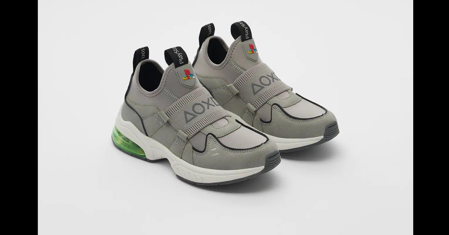 照片中提到了AOXI、AOX、Play5ta,跟超音樂、VAIO有關,包含了zapatillas遊戲機zara、的PlayStation、球鞋、扎拉、索尼互動娛樂