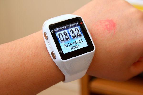 是「分享」安全天使GD-700,適合老人使用的手錶型手機這篇文章的首圖