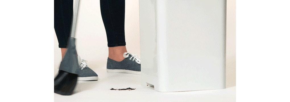 是應付細小灰塵專用,結合吸塵器的垃圾桶 Bruno這篇文章的首圖