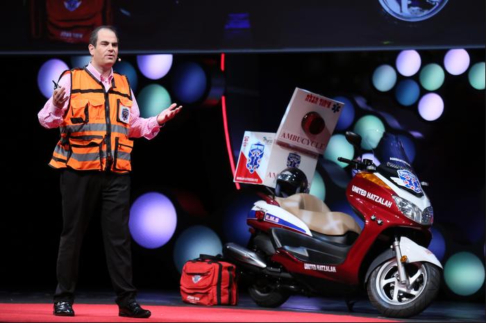 是還有比救護車更快的救援?原來是救護摩拖車!這篇文章的首圖