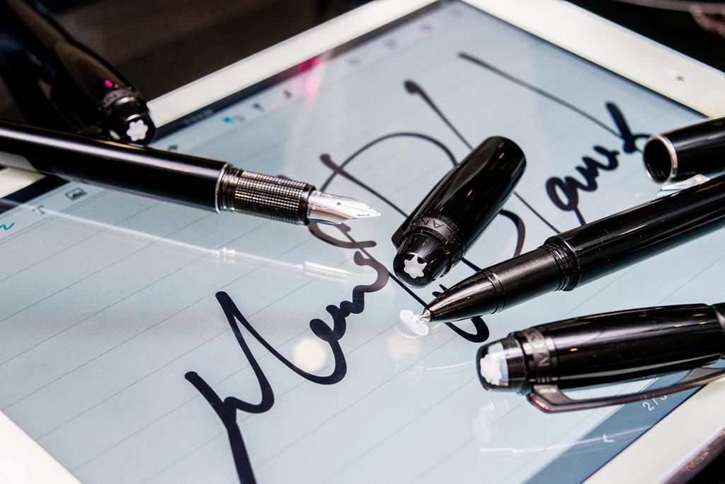 是萬寶龍跨足科技產品!MontBlanc StarWalker 系列觸控筆好寫、好潮、而且好貴!這篇文章的首圖