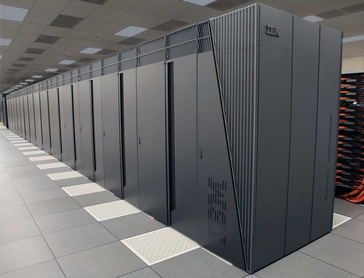 Mainframe computer, IBM mainframe, IBM Z, Computer, , IBM, Cloud computing, Information technology, Data center, IBM Storage, mainframe 2017, technology, server, electronic device, floor, locker