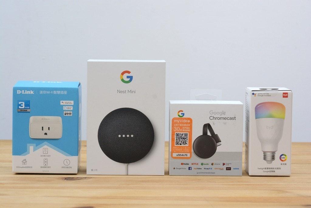 照片中提到了D-Link ORWI-FI、Nest Mini、wos with the,跟谷歌有關,包含了電子產品、電子配件、產品設計、產品、設計