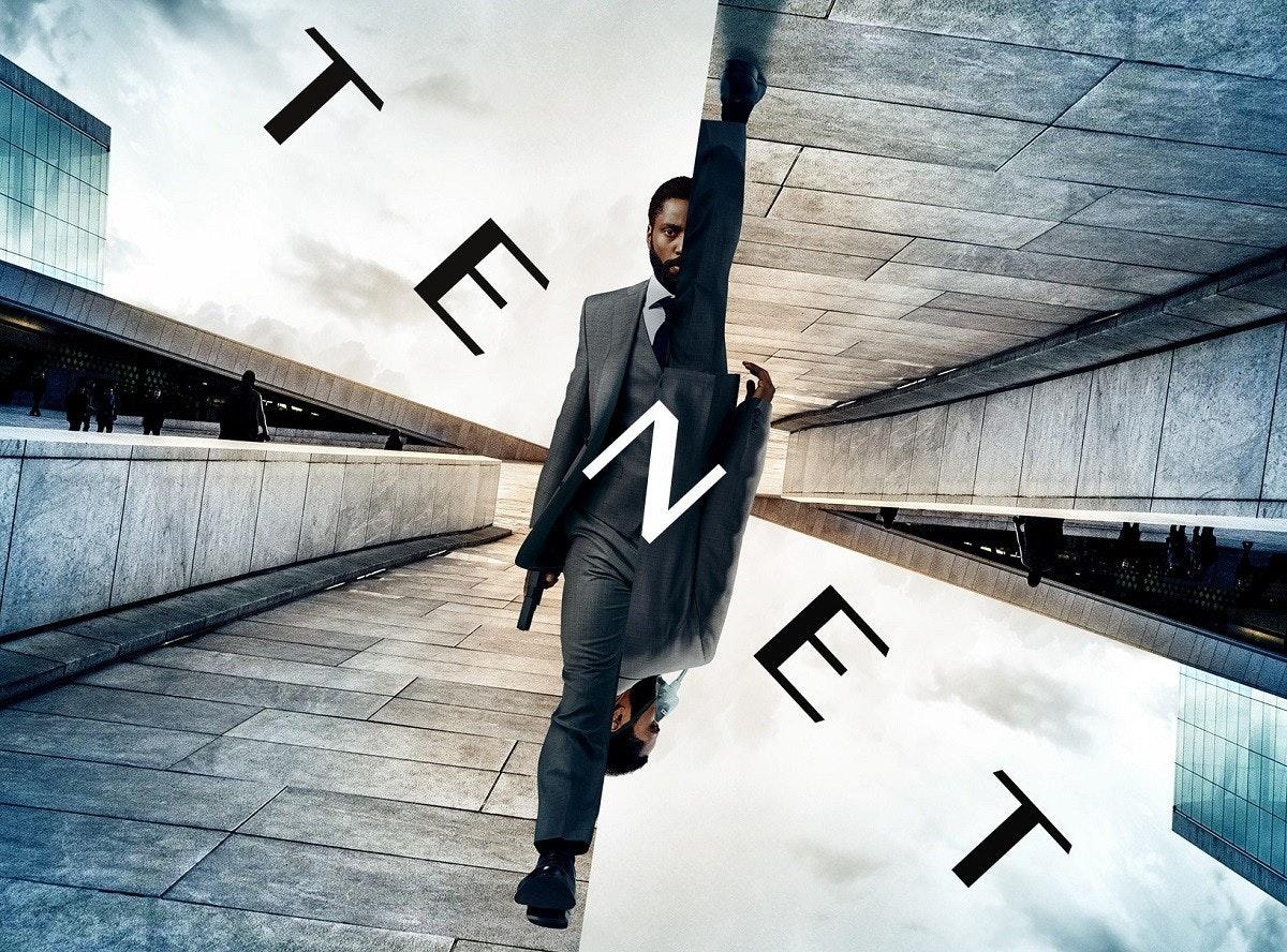 照片中提到了TENE,包含了電信網、克里斯托弗·諾蘭(Christopher Nolan)、電信網、華納兄弟。、預告片