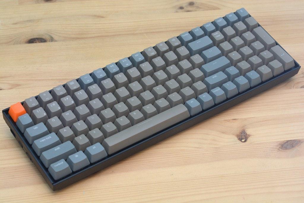 照片中提到了tab、caps lock、shift,包含了Havit機械鍵盤和鼠標組合、計算機鍵盤、電腦鼠標、哈維特、櫻桃