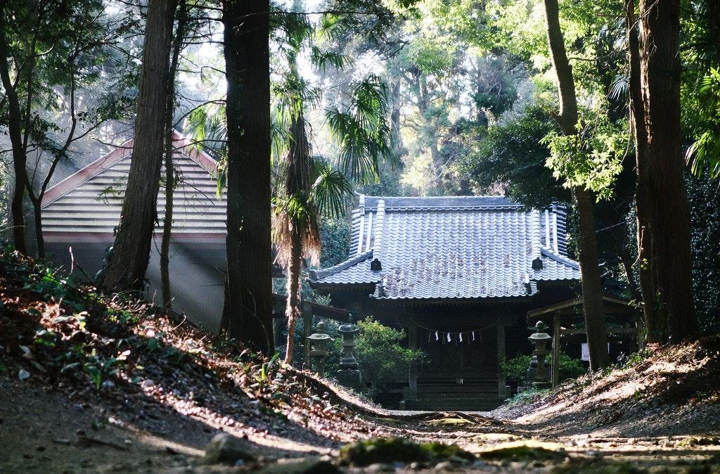 是[面白日本] 鳥居學問大!(二)神社和寺廟這樣分辨真簡單!這篇文章的首圖