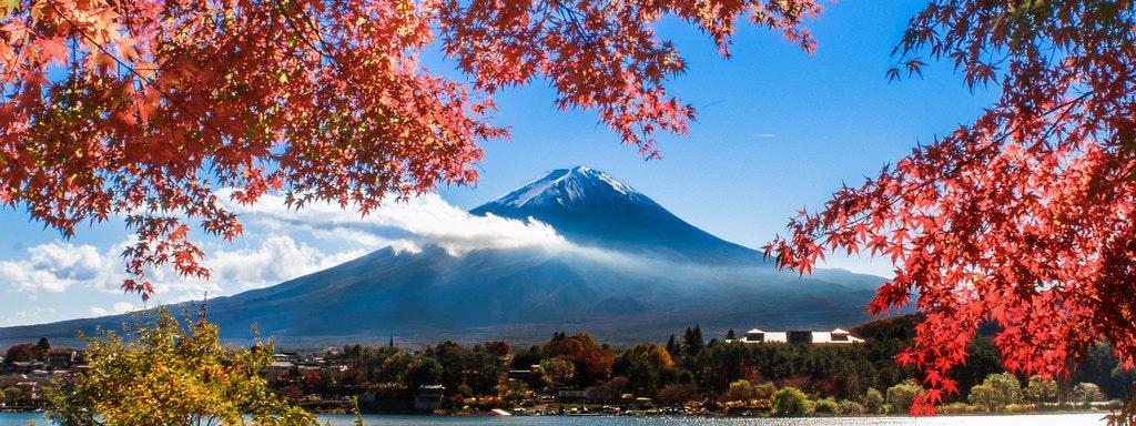 是[女孩攝影日常] 楓葉和富士山雙主角的經典取景這篇文章的首圖
