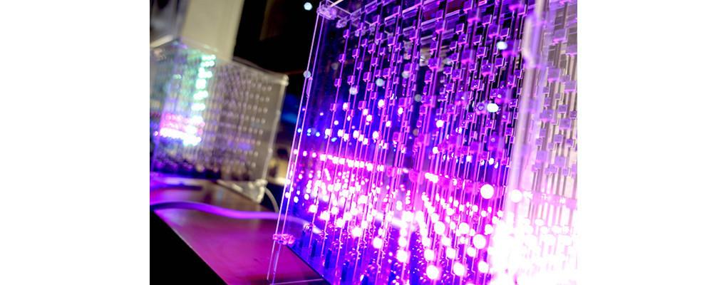 是科幻電影即將成真?自己的3D顯示器自己組 - L3D Cube這篇文章的首圖