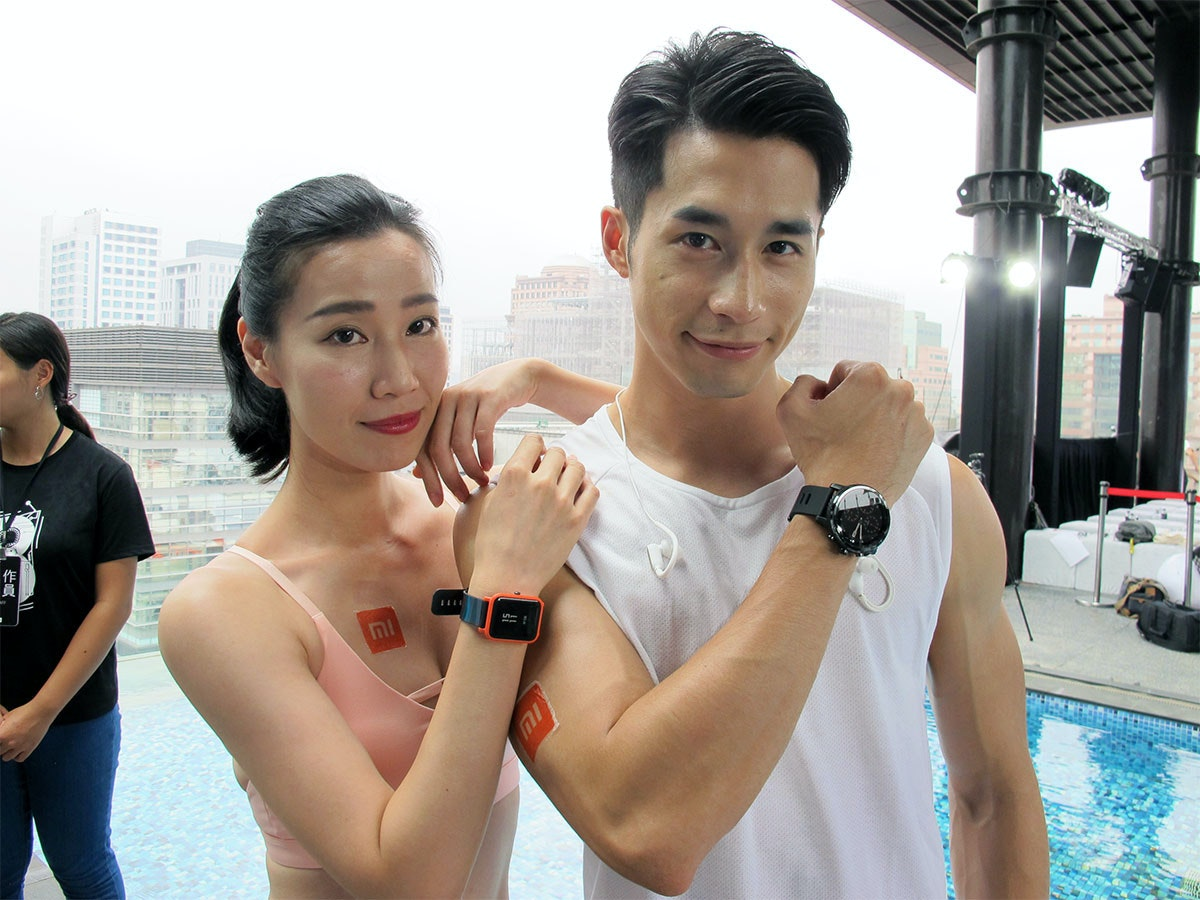 Smartwatch, Watch, 癮科技, , , Swimming, Xiaomi, Sports, Smartphone, , 癮科技, shoulder, girl, fun, product