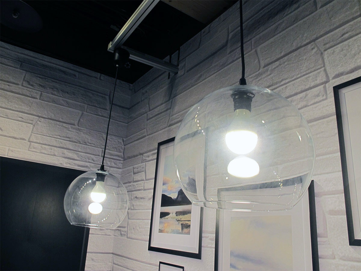 Chandelier, Daylighting, Architecture, Ceiling, Space, ceiling, ceiling, light fixture, light, lighting, architecture, daylighting, chandelier, space, interior design, glass