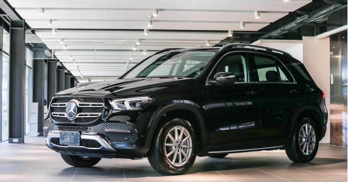 Mercedes-Benz M-Class, Car, Mercedes-Benz, Mercedes-Benz GLK-Class, Compact car, Mercedes-Benz GL-Class, Mid-size car, , Sport utility vehicle, Vehicle, rim, Land vehicle, Vehicle, Car, Luxury vehicle, Automotive design, Motor vehicle, Sport utility vehicle, Compact sport utility vehicle, Crossover suv, Mini SUV
