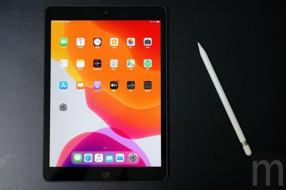 照片中提到了Facetine、étv、Podcast,跟電影通行證有關,包含了iPad Pro、iPad Pro(12.9英寸)(第二代)、蘋果iPad Pro(11)、Apple iPad Pro 12.9(第三代)、Apple iPad Pro 11(第二代)