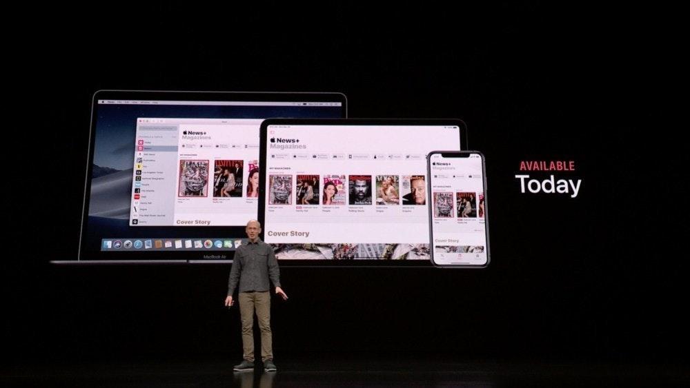 照片中提到了News、News+、Magazines,包含了蘋果、蘋果、蘋果新聞、訂閱業務模式、蘋果電視